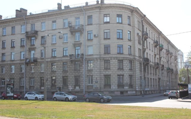 Гостиница Адмирал вид на фасад