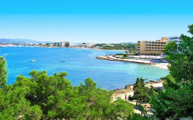 Els Pins Hotel пляж