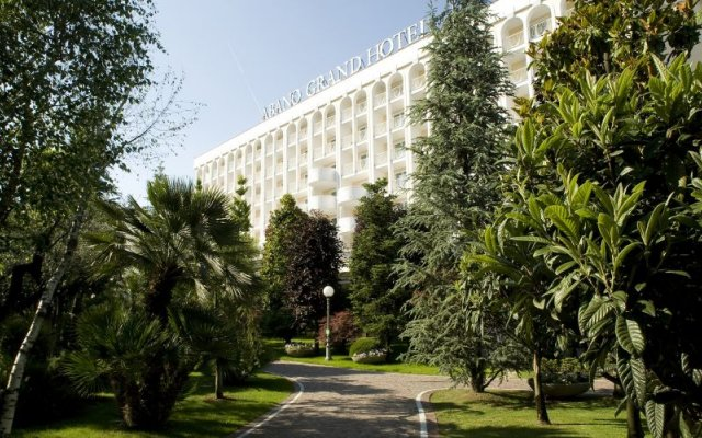 Отель Abano Grand Hotel Италия, Абано-Терме - 3 отзыва об отеле, цены и фото номеров - забронировать отель Abano Grand Hotel онлайн