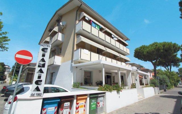 Отель GIAMAICA Римини вид на фасад