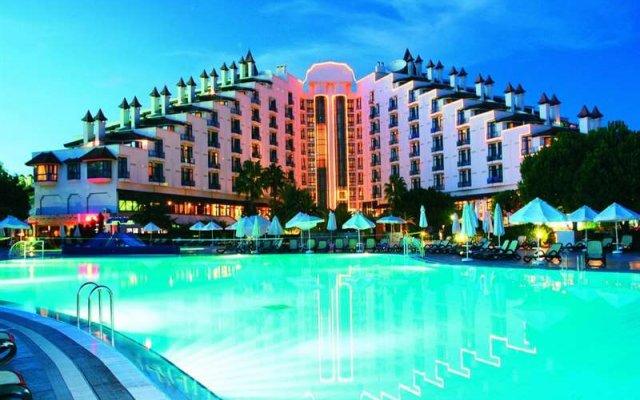 Green Max Hotel - All Inclusive бассейн