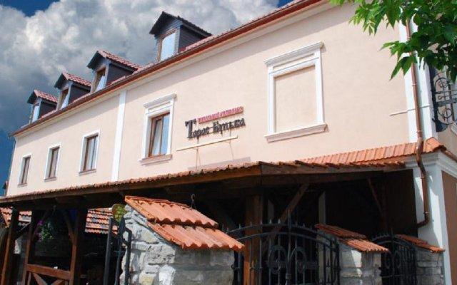 Гостиница Тарас Бульба вид на фасад