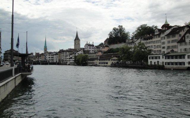 Отель KRONELIMMATQUAI Швейцария, Цюрих - 1 отзыв об отеле, цены и фото номеров - забронировать отель KRONELIMMATQUAI онлайн приотельная территория