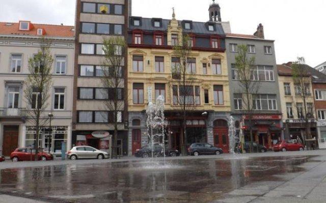 Hotel Le Parisien 0