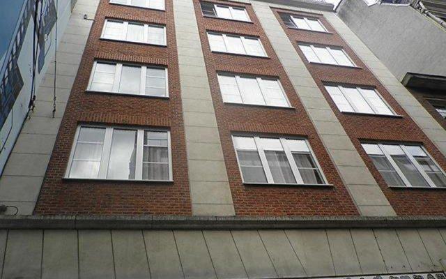 Отель Manneken - INH 33357 Брюссель вид на фасад