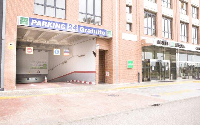 Отель Apartahotel Albufera парковка