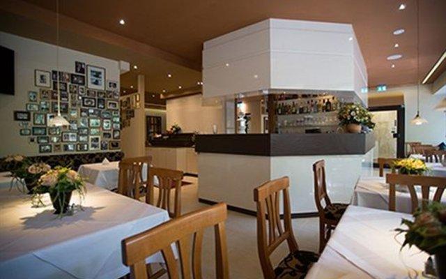 Отель Acanthushotel Munich Германия, Мюнхен - отзывы, цены и фото номеров - забронировать отель Acanthushotel Munich онлайн гостиничный бар