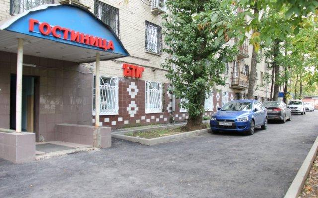 Мини-отель Б.Т.И. парковка