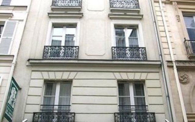 Prince De Conde Hotel вид на фасад