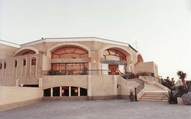 Moonbeach Hotel Windsurfing Centre In Ras Sudr Egypt From 94 Photos Reviews Zenhotels Com