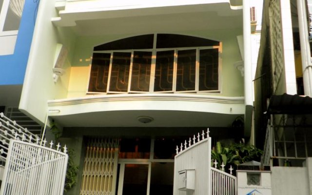 Отель Ihome Nha Trang Нячанг вид на фасад