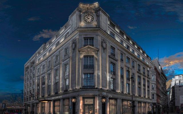 Отель The Trafalgar St. James London, Curio Collection by Hilton Великобритания, Лондон - отзывы, цены и фото номеров - забронировать отель The Trafalgar St. James London, Curio Collection by Hilton онлайн вид на фасад