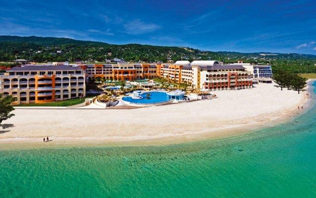 Отель Iberostar Rose Hall Beach All Inclusive пляж