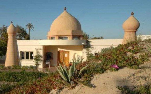 Отель Isis Thalasso And Spa Тунис, Мидун - 2 отзыва об отеле, цены и фото номеров - забронировать отель Isis Thalasso And Spa онлайн вид на фасад