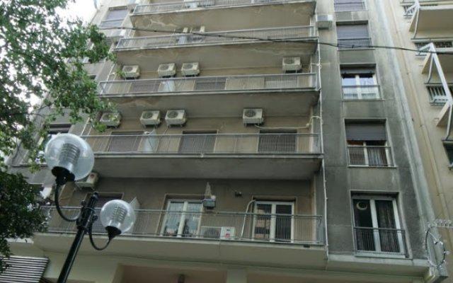 Отель Alma вид на фасад