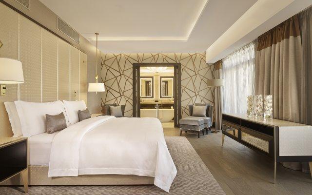 Отель The Alexander, A Luxury Collection Hotel, Yerevan Армения, Ереван - отзывы, цены и фото номеров - забронировать отель The Alexander, A Luxury Collection Hotel, Yerevan онлайн комната для гостей