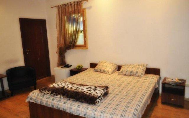 Гостиница Life Minihotel Na Revolyutsionnoy комната для гостей