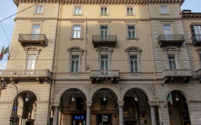 Hotel Dock Milano вид на фасад