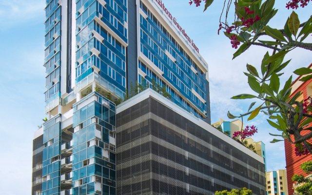 Отель Hilton Garden Inn Singapore Serangoon вид на фасад