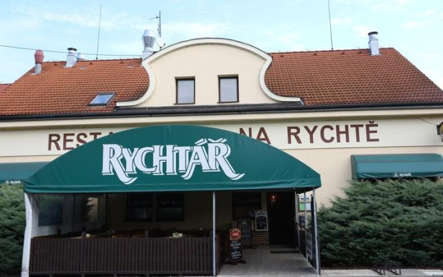 restaurace a ubytovani Na Rychte