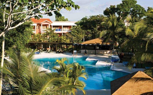 Отель BelleVue Dominican Bay - Все включено бассейн