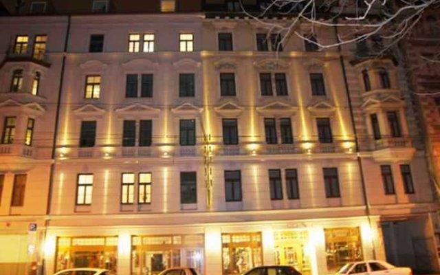 Отель Bayernland Германия, Мюнхен - отзывы, цены и фото номеров - забронировать отель Bayernland онлайн вид на фасад