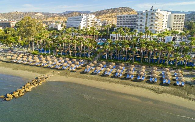 Отель GrandResort пляж