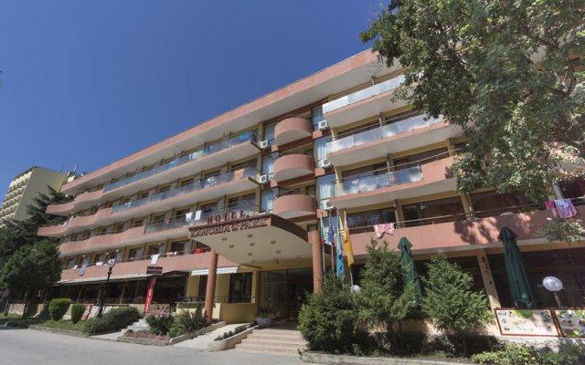 Park Hotel Kamchia Аврен вид на фасад