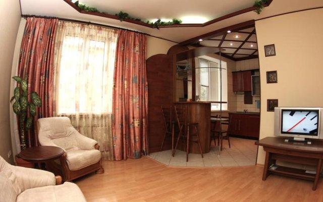 Гостиница «Альфа Берёзовая» в Омске отзывы, цены и фото номеров - забронировать гостиницу «Альфа Берёзовая» онлайн Омск комната для гостей