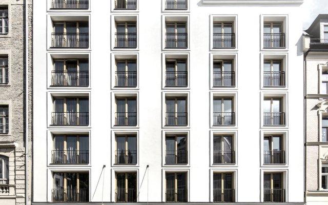 Отель H'Otello B'01 вид на фасад
