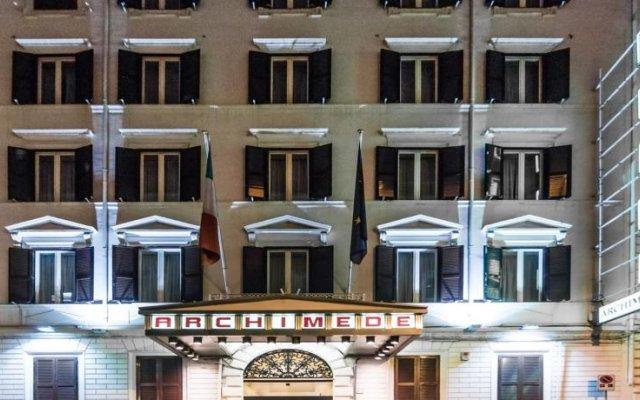 Отель Archimede вид на фасад