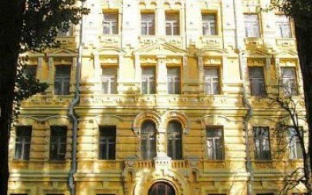 Гостиница Saint Petersburg вид на фасад