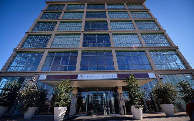 Отель DoubleTree by Hilton Turin Lingotto Италия, Турин - 1 отзыв об отеле, цены и фото номеров - забронировать отель DoubleTree by Hilton Turin Lingotto онлайн вид на фасад