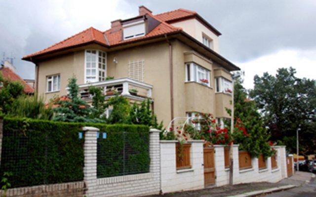 Отель Na Strani вид на фасад
