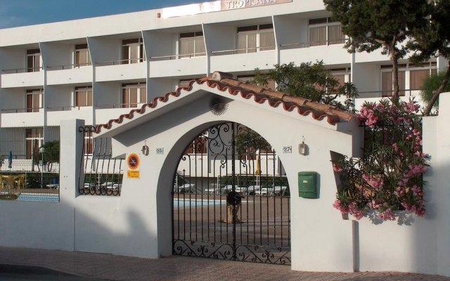 Отель Aparthotel Flats Friends Tropicana вид на фасад