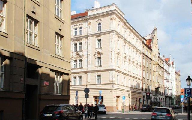 Отель Residence Bílkova вид на фасад