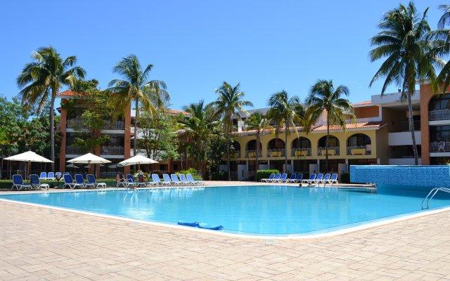 Отель Roc Barlovento бассейн