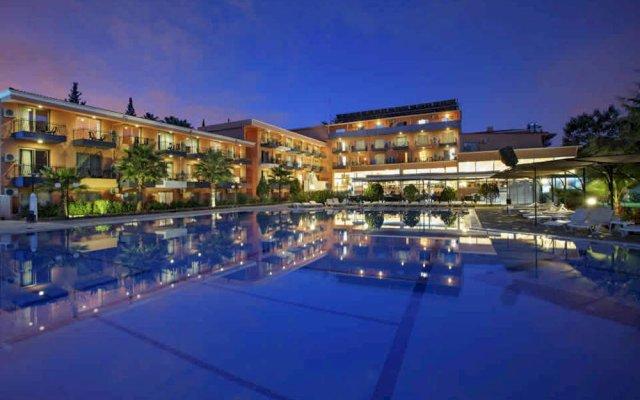 Larissa Vista Hotel вид на фасад