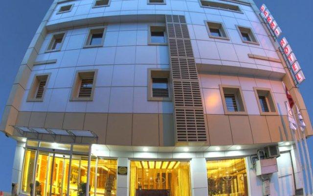 Отель Zingaro вид на фасад