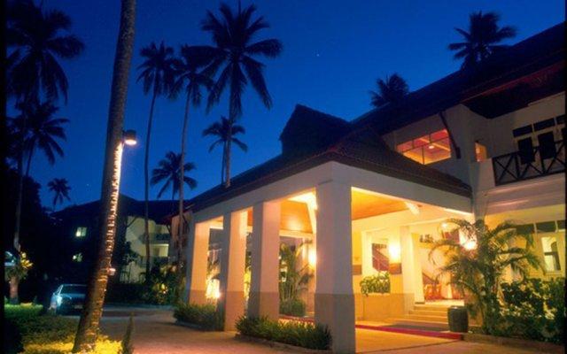 Отель Karon View Resort Phuket вид на фасад