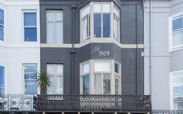 Brighton Marina House Hotel - B&B Кемптаун вид на фасад
