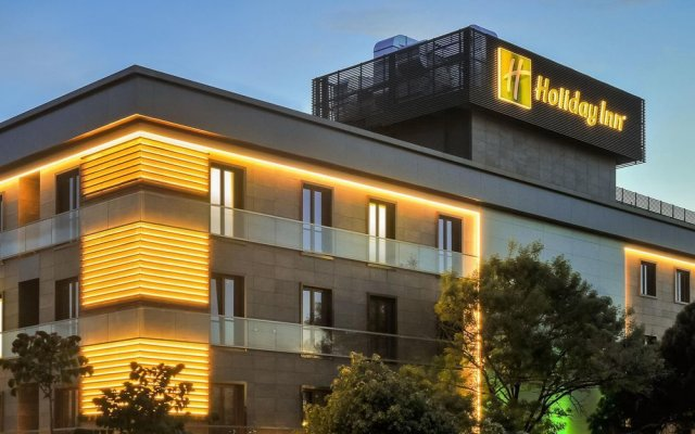 Holiday Inn Istanbul - Kadikoy Турция, Стамбул - 1 отзыв об отеле, цены и фото номеров - забронировать отель Holiday Inn Istanbul - Kadikoy онлайн вид на фасад