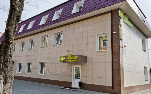 Гостиница Веста в Уссурийске отзывы, цены и фото номеров - забронировать гостиницу Веста онлайн Уссурийск вид на фасад