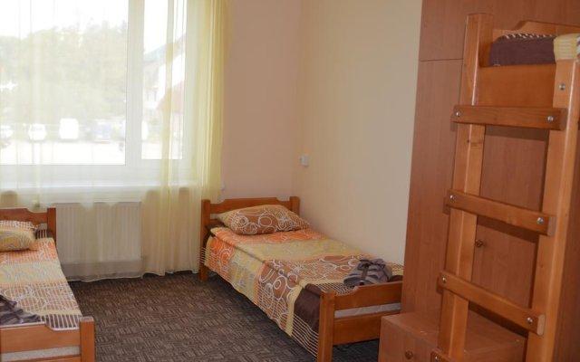 Гостиница Zakarpatavtotrans Mizhgirja комната для гостей