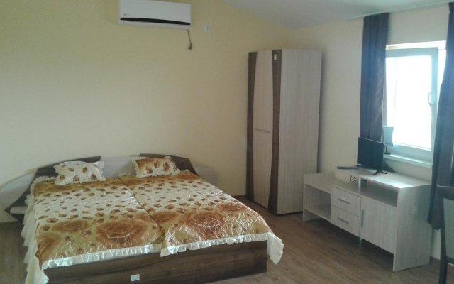 Отель Gledkata Complex Габрово комната для гостей