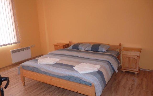 Отель Villa Shiroki Dol near Borovets Болгария, Боровец - отзывы, цены и фото номеров - забронировать отель Villa Shiroki Dol near Borovets онлайн комната для гостей
