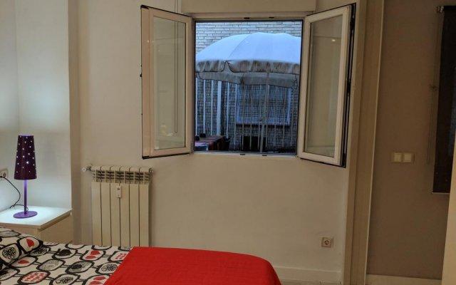 Отель Apartamento Plaza España Мадрид комната для гостей