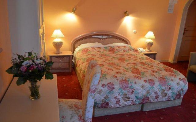 Отель MATIGNON Брюссель комната для гостей
