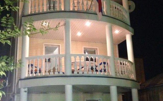 Гостевой дом Южный рай вид на фасад