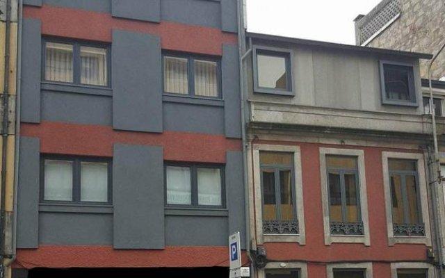 Отель Lounge Inn вид на фасад